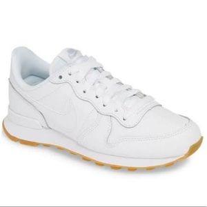 Nike Women's Internationalist Sneakers White 8